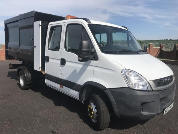 fcd1c32828 iveco daily 7c18 crew cab tipper refuse truck with bin lift