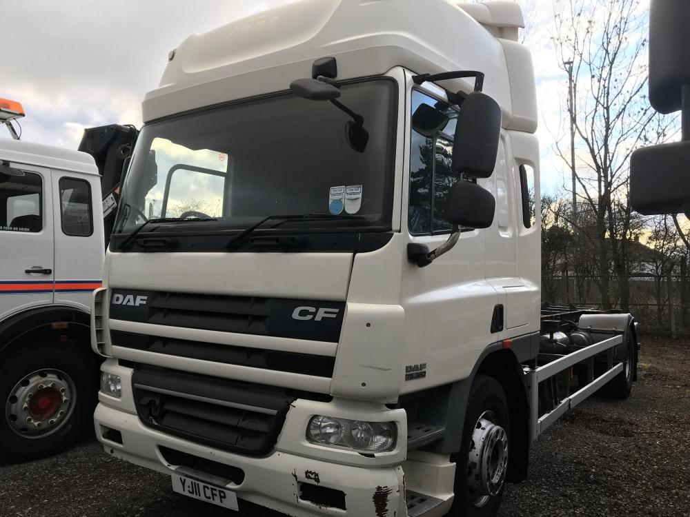 Daf cf 75 360 18 ton chassis cab Demount manual gearbox for