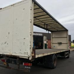MAN LE18.220 18 ton FLAT BED TRUCK Manual gearbox