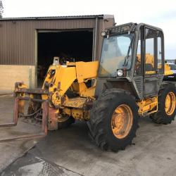 JCB 525-58 4X4 tele handler Forklift. Pick up hitch farm special