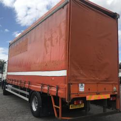 DAF CF 65.220 18 TON CURTAIN SIDE TRUCK GLASS RACKS EURO 5 MANUAL GEARBOX AIR CONDITIONING