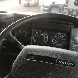 VOLVO FL 6 220 13 ton CURTAIN SIDE TRUCK Manual gearbox
