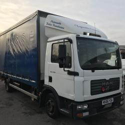 MAN TGL 7.150 Curtain side with tail lift