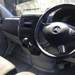 MERCEDES sprinter 313 cdi lwb luton new shape 2014