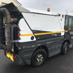SCHMIDT SWINGO 200 compact sweeper Ex council air con jet wash gully sucker