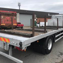 MAN M2000 18 ton flat bed truck Manual gearbox