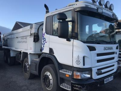 SCANIA P380 8X4 TIPPER Manual gearbox