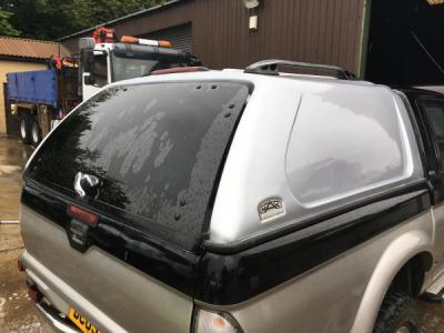 mitsubishi l200 truck man top top only